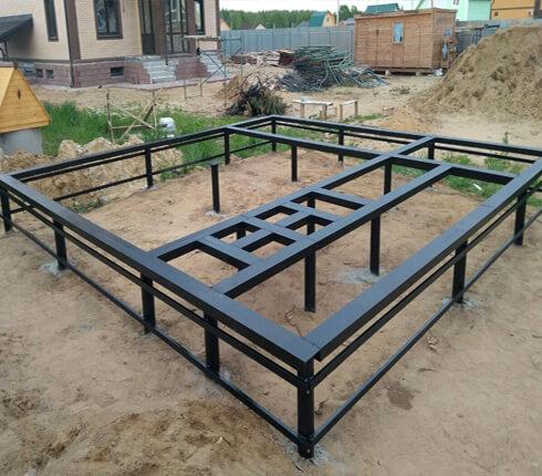 Фундамент для забора из профнастила расчет материала в Красногорске